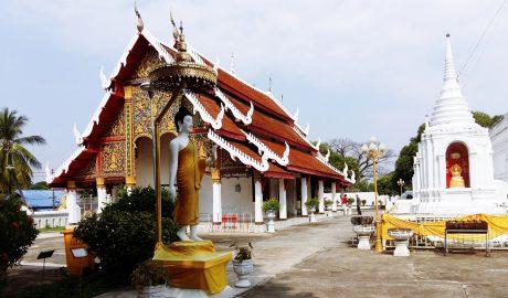 วัดพระแก้วดอนเต้าสุชาดาราม Wat Phra Kaeo Don Tao