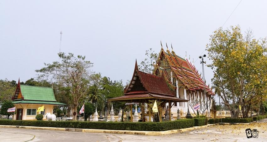วัดหนองปลาไหล Wat Nong Pla Lai